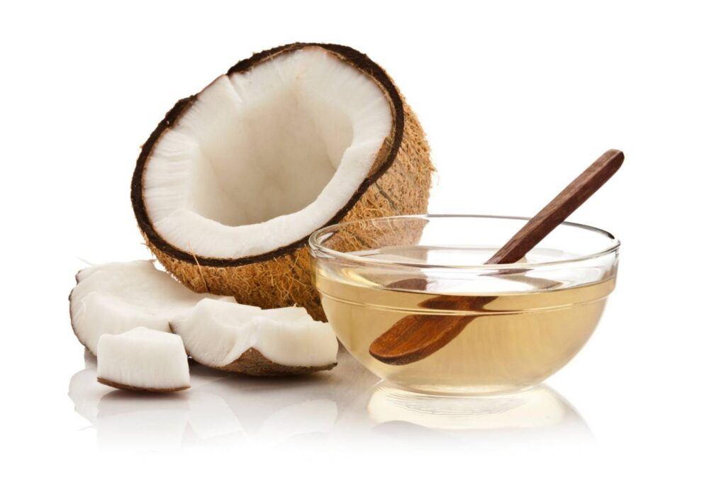 Simple Ways to Use Coconut Oil in Hair Care